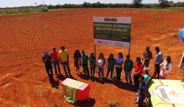 Construção de Escola de 04 Salas na Baixa da Cainana