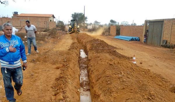 Início da Implantação do Sistema de Abastecimento de água da Baixa da Cainana