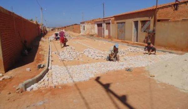 Início dos Trabalhos de Pavimentação na Rua da Portelinha