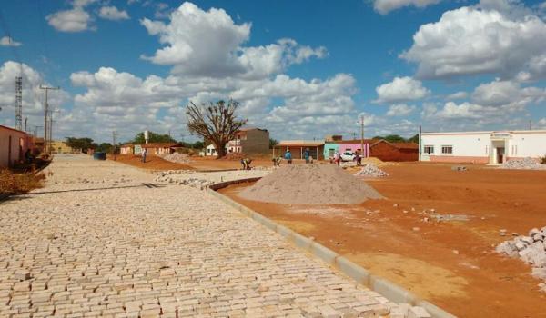 Pavimentação no Povoado de José Raimundo