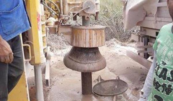 Imagens da Perfuração de Poço Artesiano em Lagoa Damasceno