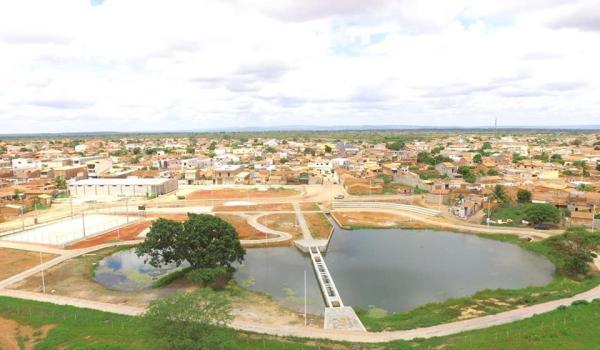 Praça de Eventos  e Parque Tanque Grande
